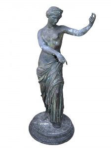 An early 20th century Neapolitan bronze of Aphrodite