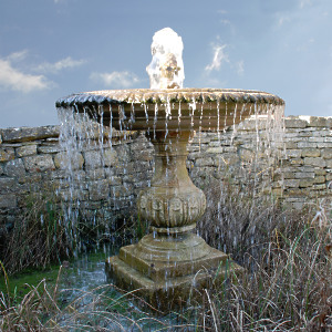 The Large Single Tier Fountain