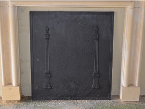 A large well cast French early 19th century fireback