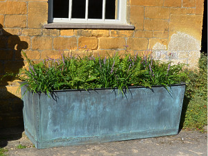 The Rectangular Copper Garden Planter - Medium - Narrow