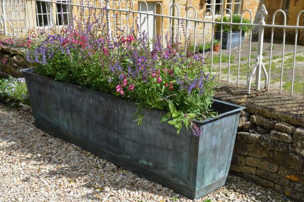 The Rectangular Copper Garden Planter - Large - Narrow