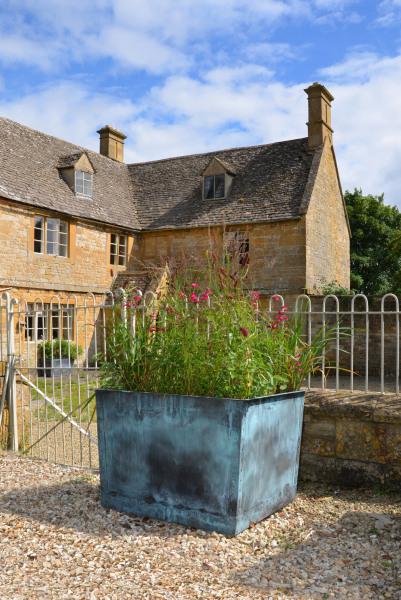 The Square Copper Garden Planter - Large