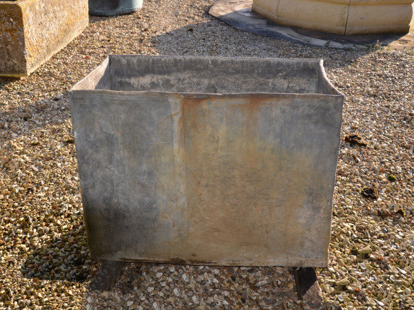 A fine 18th century lead cistern dated 1752