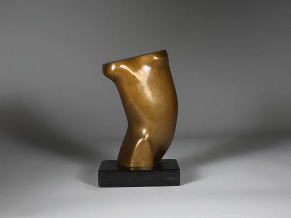 'Twisting Torso 'John Skelton MBE 1923 – 1999