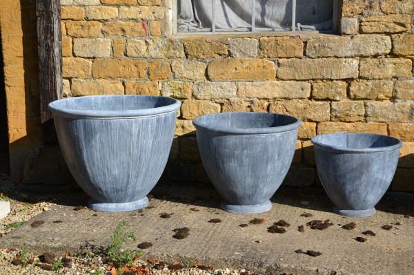 The Townhouse Lead Garden Planter - Small