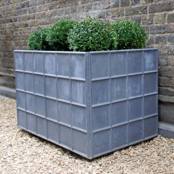 The Estate Lead Garden Planter - Large