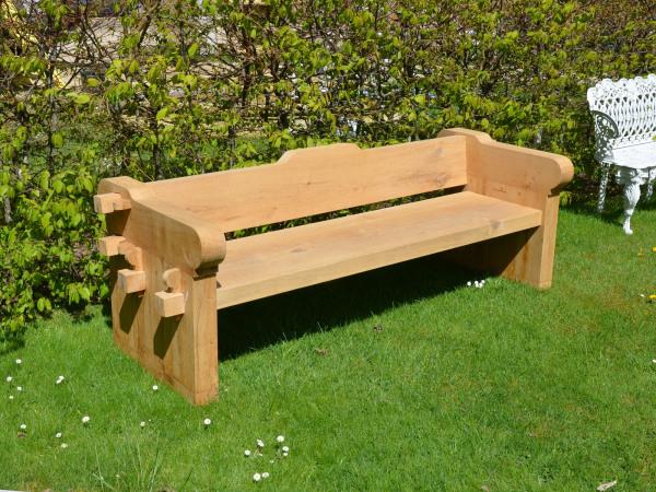 The Quercus Robur Garden Seat