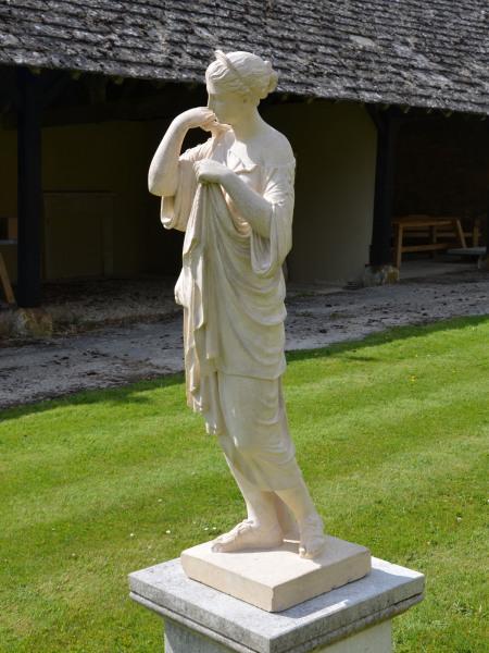 A fine 19th century terracotta figure of Diana de Gabies
