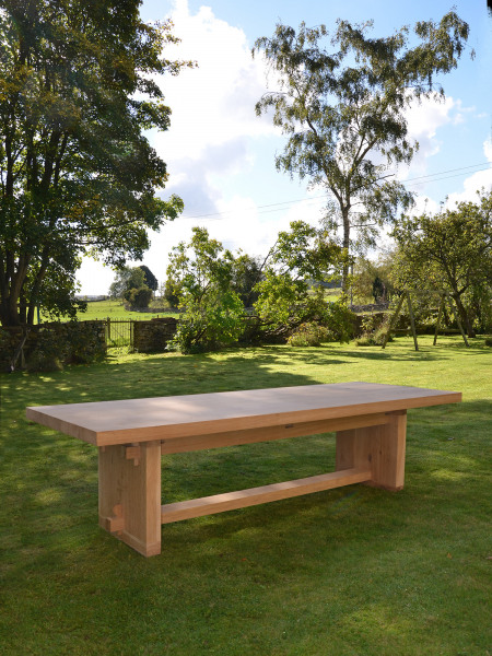 The Quercus Robur Garden Dining Table